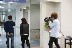 久留米南病院慰問の様子を取材していただきました。